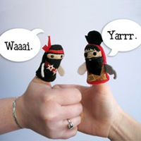 Thumb Wrestling Puppets_image