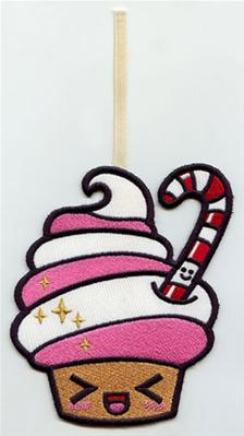 Kawaii Christmas - Cupcake (Ornament)_image