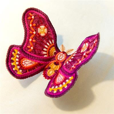 Dimensional Moth (3D Applique)_image