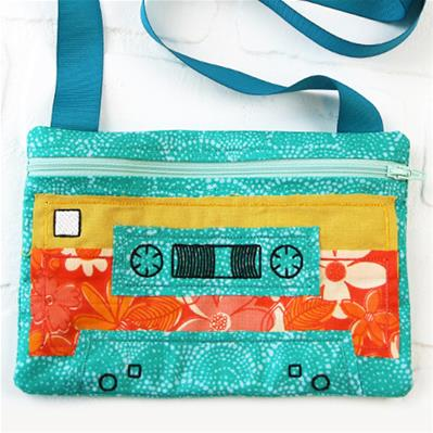 Mix Tape Zipper Pouch (In-the-Hoop)_image