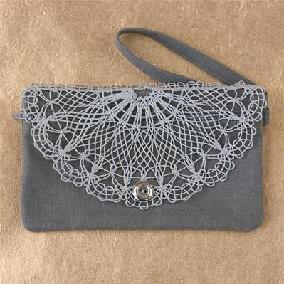 Lace Front Clutch (In-the-Hoop)_image