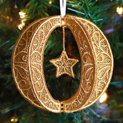 Shimmering Christmas Ornament (Lace)_image